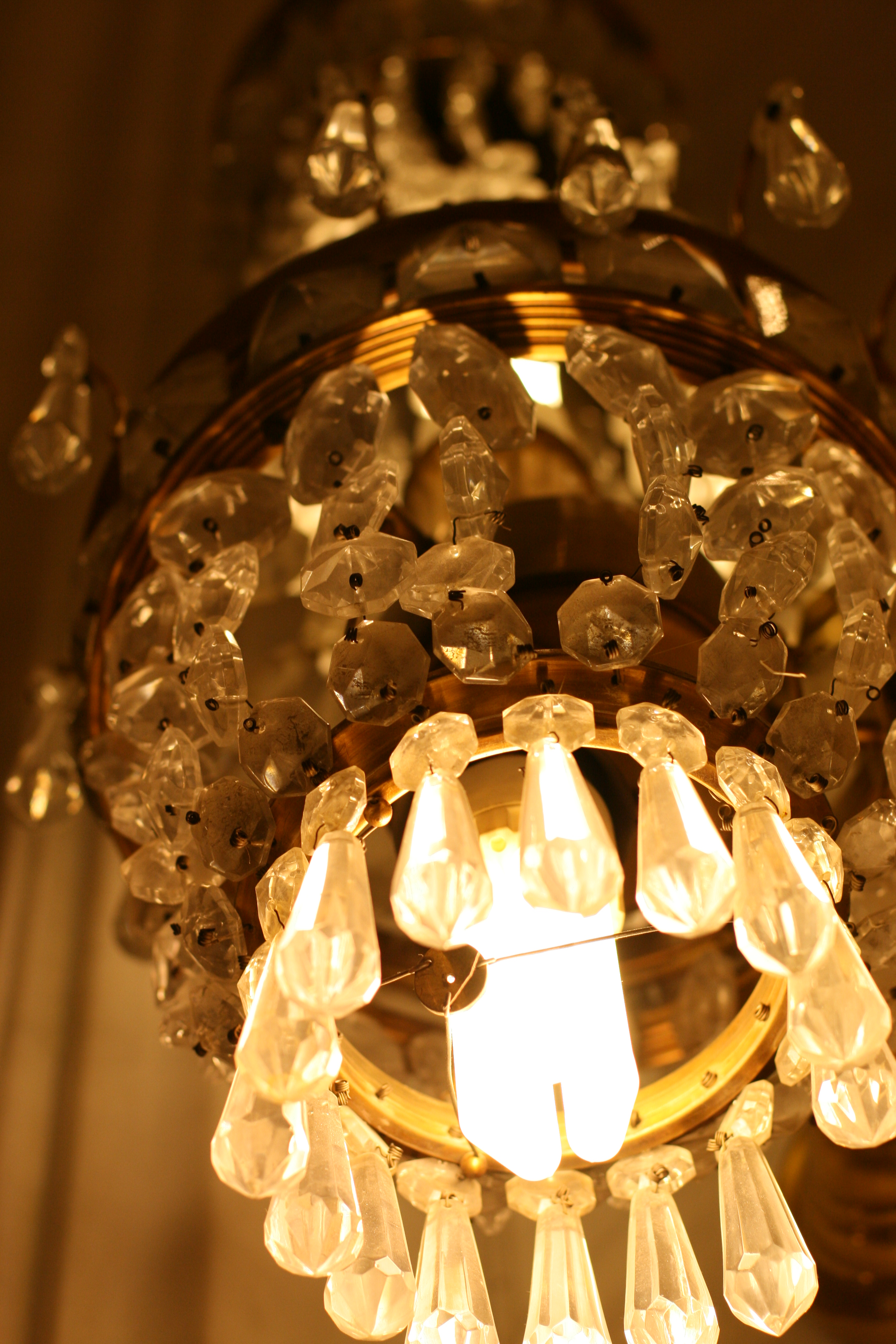 The History of Crystal Chandeliers